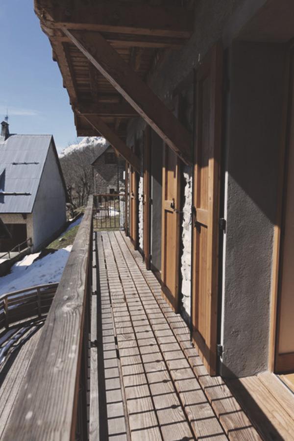 11-balcon-niveau-chambres